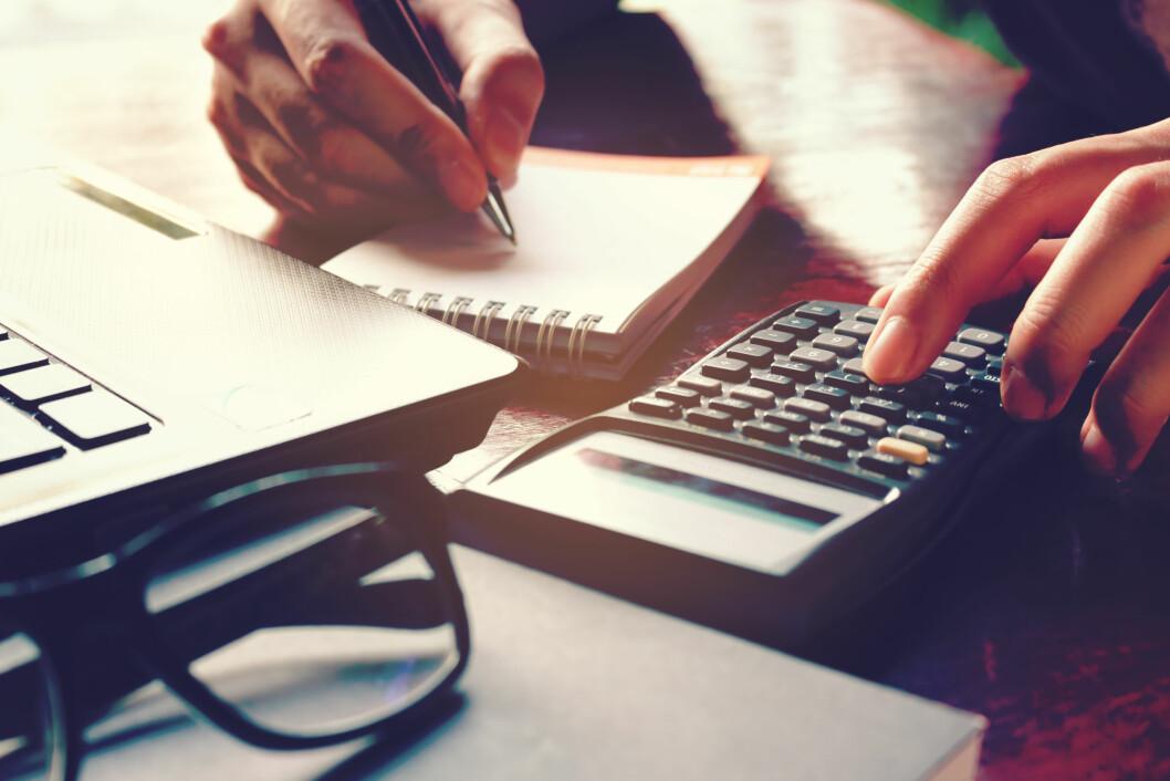 SPARING: De fleste kan spare mer enn de tror - skaff deg oversikt og kutt ned på unødvendige utgifter. Foto: wutzkohphoto / Shutterstock / NTB scanpix