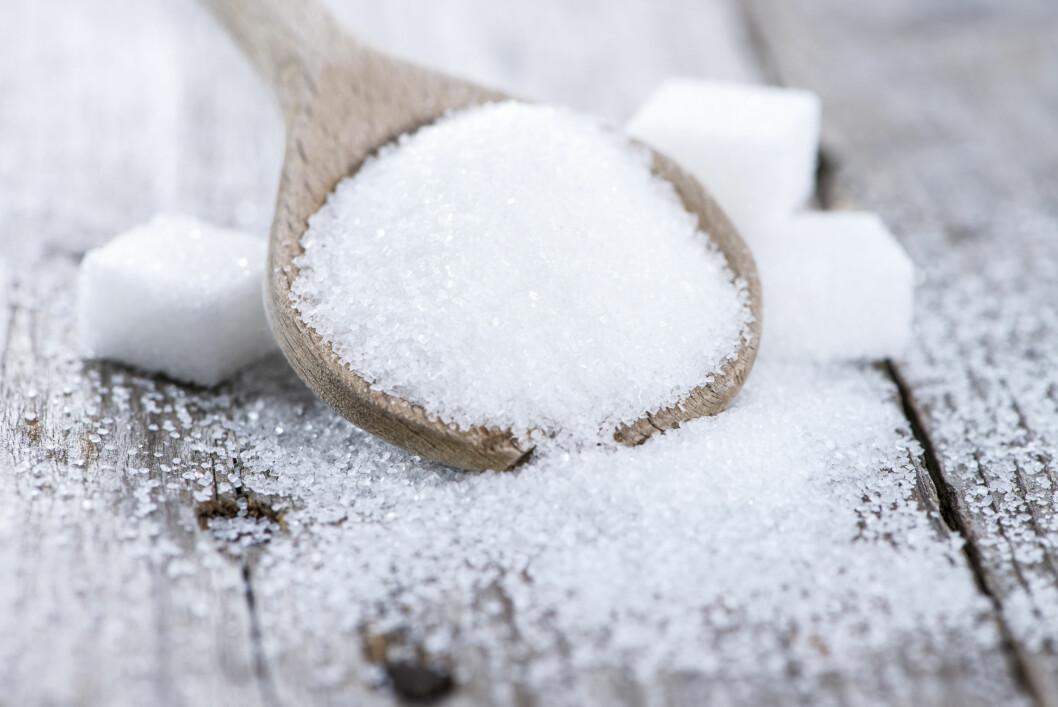 SUKKER: Selv om de fleste raskt tenker på godteri når det er snakk om sukker, finnes det i stor grad også i andre varer - deriblant vin.  Foto: HandmadePictures - Fotolia