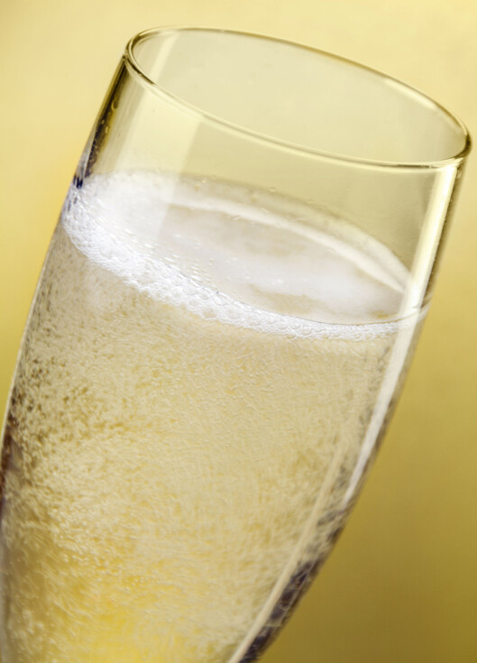 """BOBLER: Sprudlende vin har et annet reglement enn vanlig hvit- og rødvin, og ofte inneholder de som er """"dry"""" langt mer sukker. Foto: PhotoSG - Fotolia"""