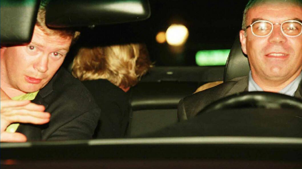 TREVOR REES-JONES: Dette bildet ble tatt kort tid før den fatale ulykken inntraff i Alma-tunnellen i Paris 31. august 1997. I forsetet satt livvakt Trevor Rees-Jones, det var sikkerhetssjef Henri Paul ved Hotel Ritz som kjørte bilen, mens prinsesse Diana og kjæresten Dodi Fayed satt i baksetet.  Foto: NTB Scanpix