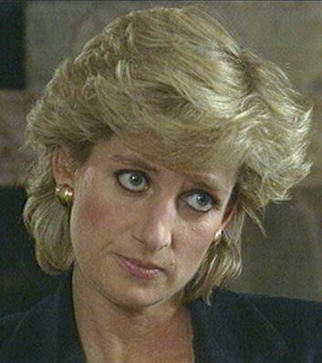SKANDALEINTERVJU: Prinsesse Diana avslørte både det ene og det andre i det mye omtale BBC-intervjuet Panorama i 1995. Blant annet innrømmet hun at hun hadde hatt et forhold med major James Hewitt. Foto:  Foto: NTB Scanpix