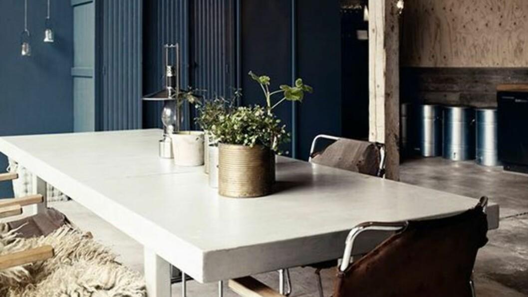 KONTRASTER: Se hvordan røffe, rimelige materialer kan se luksuriøse og eksklusive ut når de er satt riktig sammen.   Foto:  Imberg arkitekter/Pia Ulin