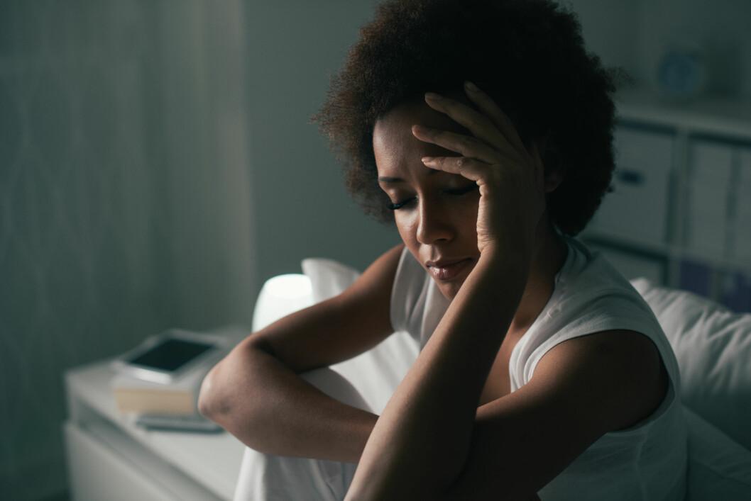 <strong>VÅKNER OM NATTEN:</strong> Pleier du å våkne på et bestemt tidspunkt om natten? Da kan det være du stresser eller bekymrer deg over noe.  Foto: Shutterstock / Stock-Asso