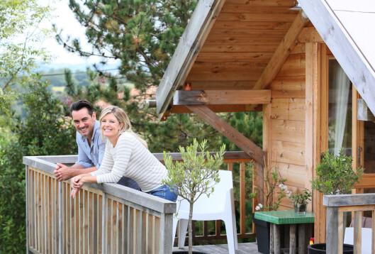 FORDELING AV HYTTE: Fast eiendom eller en hytte kan ofte være vanskelig i et arveoppgjør.  Foto: Shutterstock / goodluz