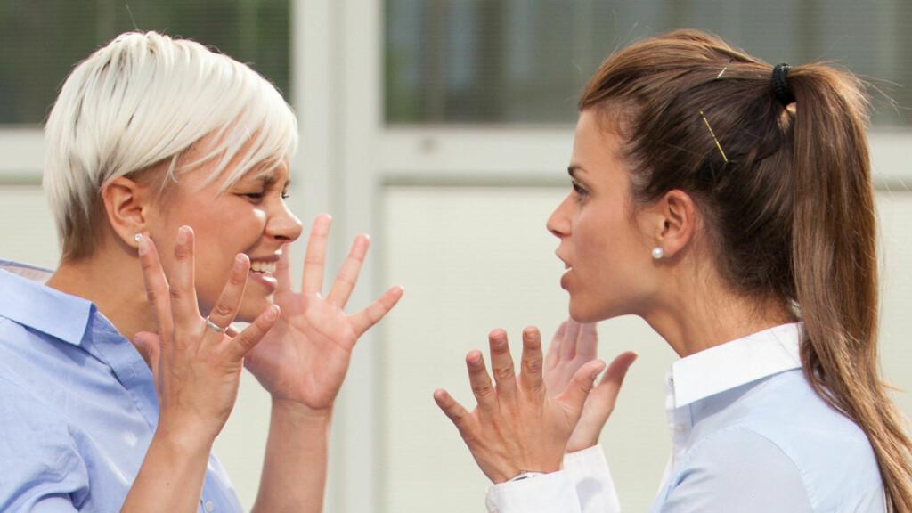 KONFLIKT: Krangler du med svigermor eller svigerdatter? Her er ekspertenes beste tips!