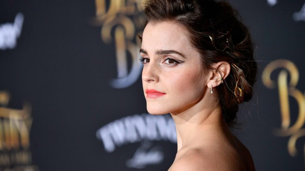 EMMA WATSON: Emma Watson er å se i aprilnummeret av Vanity Fair. Men bildene har hun fått mye kritikk på. Slik svarer hun!  Foto: AFP