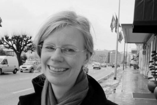 PSYKOLOG: Hedvig Montgomery er psykolog og familieterapeut, og mener vi alle må være varsomme i sosiale medier når det er triste nyheter som formidles. Foto: Presse
