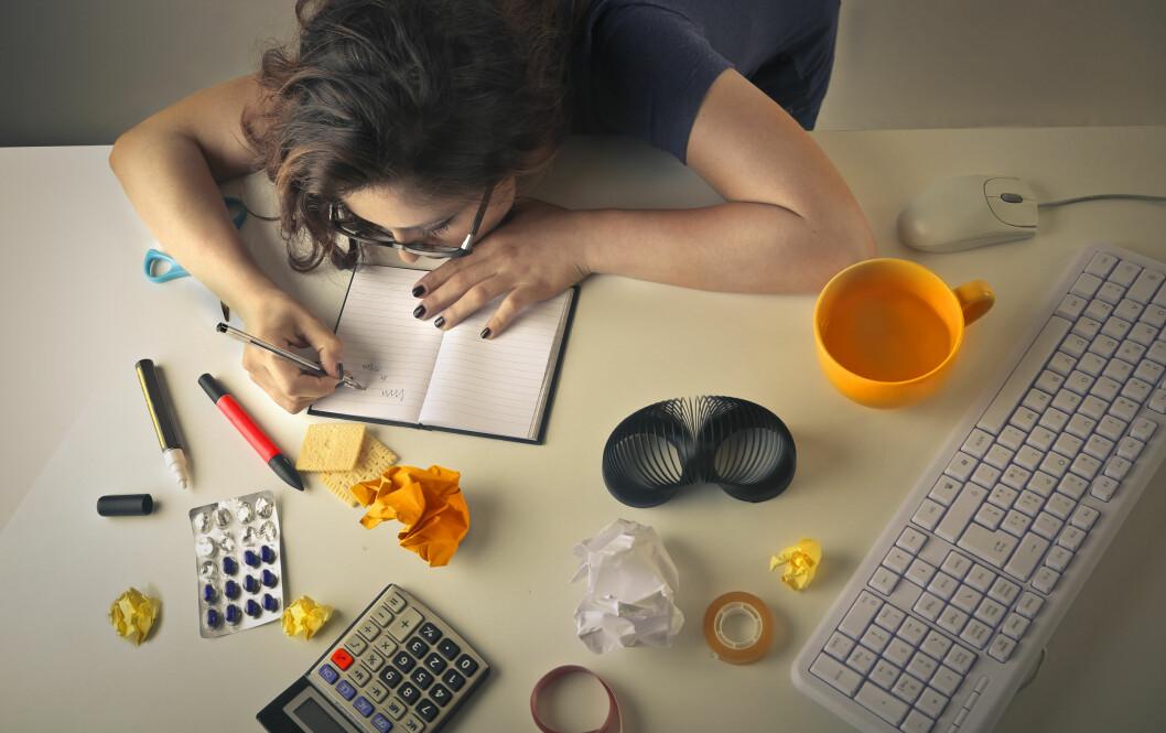 <strong>BIVIRKNINGER:</strong> Selv om disse legemidlene kan øke konsentrasjonen og arbeidskapasiteten, er det ikke dette de er ment til, og det følger alltid med bivirkninger. Foto: Shutterstock / Ollyy