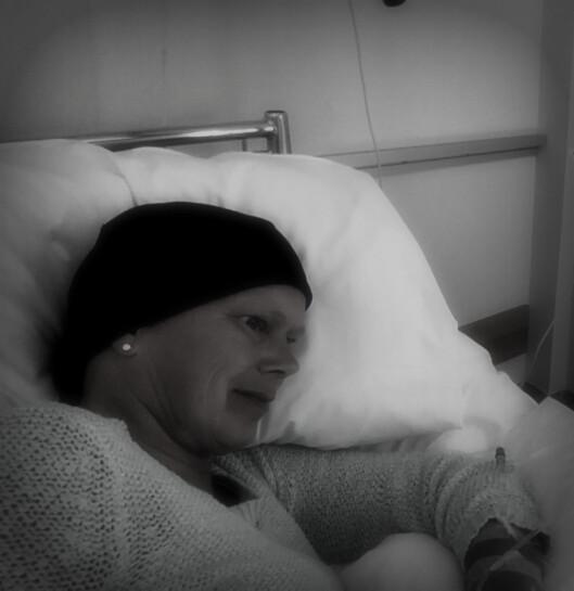 CELLEGIFT: Ingrid Kristensen (47) måtte gjennomgå tøff behandling med cellegift.  Foto: Privat