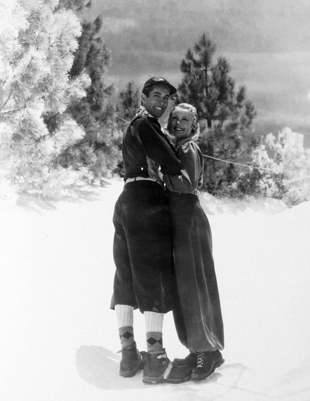 <strong>FILMDIVA:</strong> Sonja debuterte på lerretet i «One in a Million» fra 1936, som ble en braksuksess. Året etter fulgte «Thin Ice», der hun spilte mot Tyrone Power (bildet). I 1938 fulgte ytterligere to filmer, og nå ble Sonja rangert som den tredje mest innbringende filmstjernen, etter Shirley Temple og Clark Gable. Da fikk hun forhandlet seg fram til en ny kontrakt med filmselskapet, som lød på 160 000 dollar per film, og tre filmer per år. Dermed ble hun verdens best betalte filmstjerne. Foto: NTB scanpix