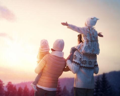 image: - Bruk lang tid på å etablere parforholdet før dere flytter sammen som familie, tenk heller år enn måneder