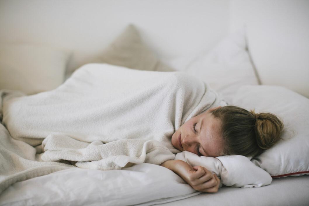 DUPPER AV: De som sliter med pustestopp i løpet av natten er ofte trøtt på dagen også.  Foto: Plainpicture