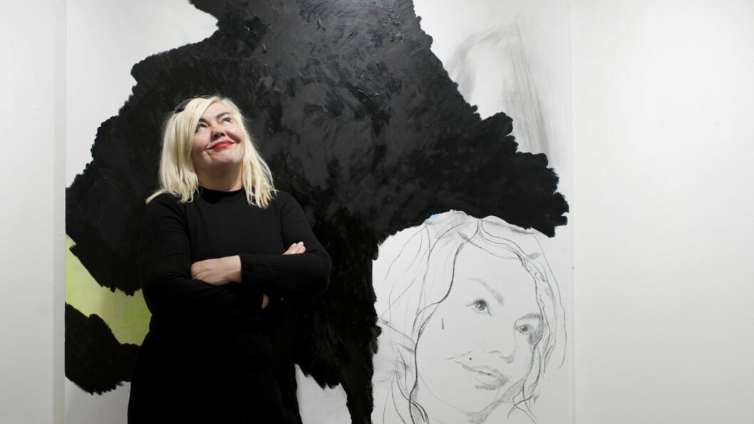 UNNI ASKELAND: - Jeg er inne i en tredje livsfase, sier den utstillingsaktuelle kunstneren til KK.no. Foto: Anne Vesaas