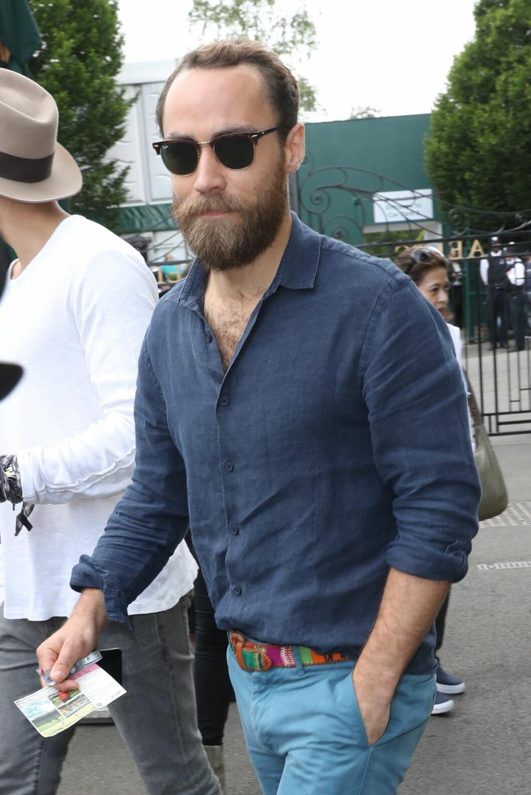 <strong>MED SKJEGG:</strong> De siste årene har James Middleton anlagt skjegg - og det synes vi at kler ham skikkelig godt! Dette bildet er tatt sommeren 2016. Foto:  Foto: NTB Scanpix