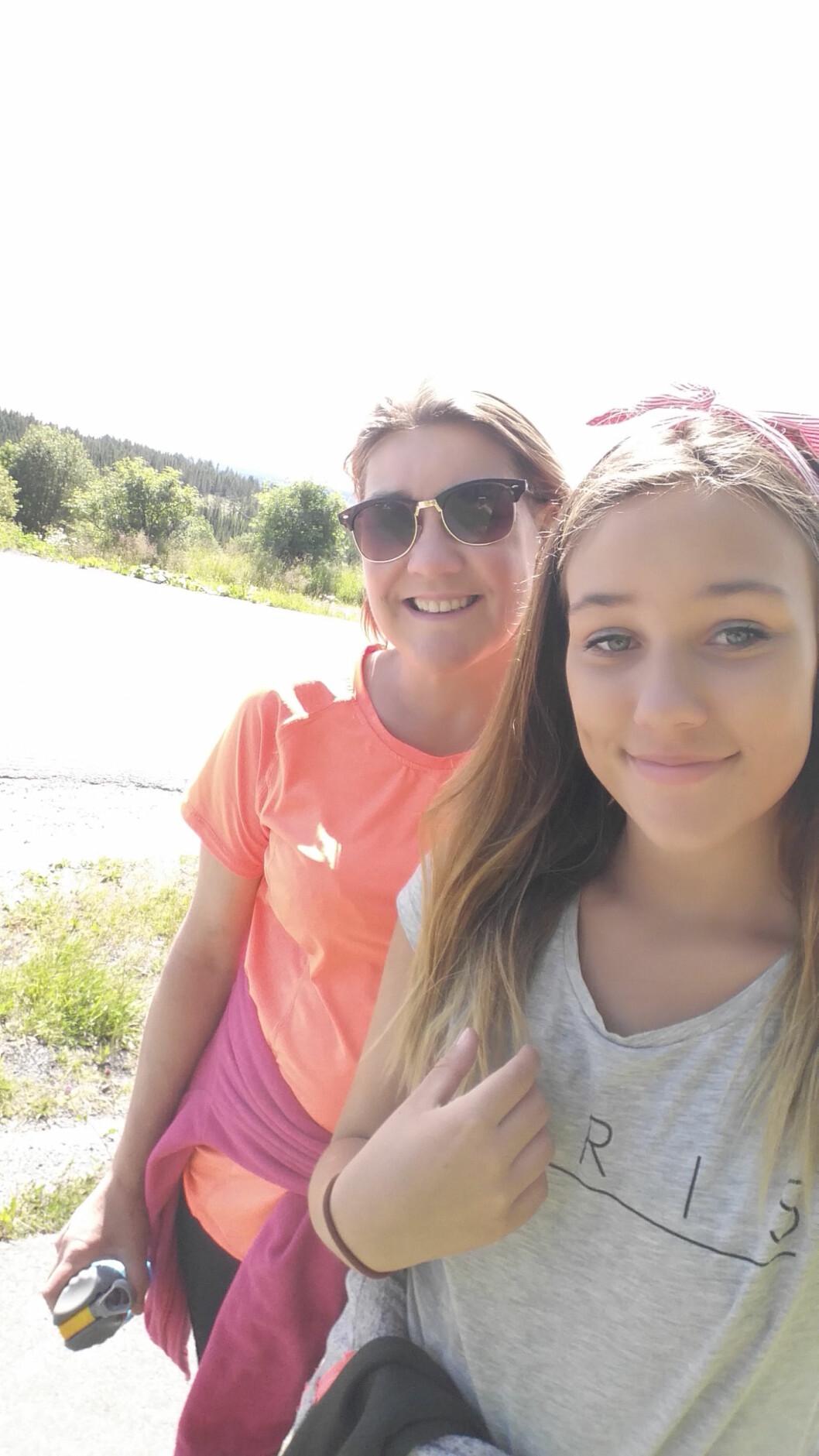 NYTT LIV: Med transplantasjonen kom overskuddet. I dag har Lene overskudd til å tilbringe så mye tid hun ønsker med datteren Simone. Foto: Sverre Chr. Jarild