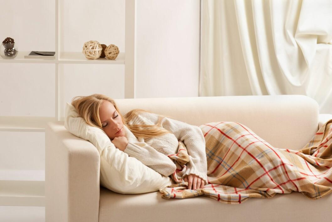 <strong>IKKE TA EN MIDDAGSLUR:</strong> Ifølge søvneksperten bør du unngå å sove midt på dagen. Er det absolutt er nødvendig, sov maks i 20 minutter. Foto: Shutterstock / Vasiliy Koval