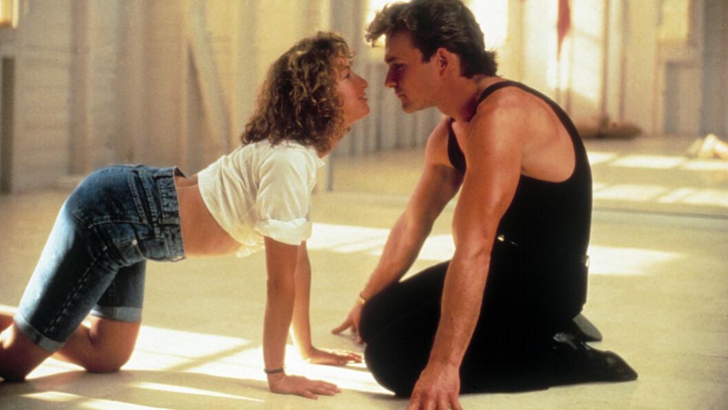 DIRTY DANCING: Den ikoniske filmen ble sluppet 17. august 1987. Det betyr at det i år er 30 år siden vi ble kjent med Baby (spilt av Jennifer Grey) og den kjekke danseren Johnny Castle (spilt av Patrick Swayze). Foto: NTB Scanpix
