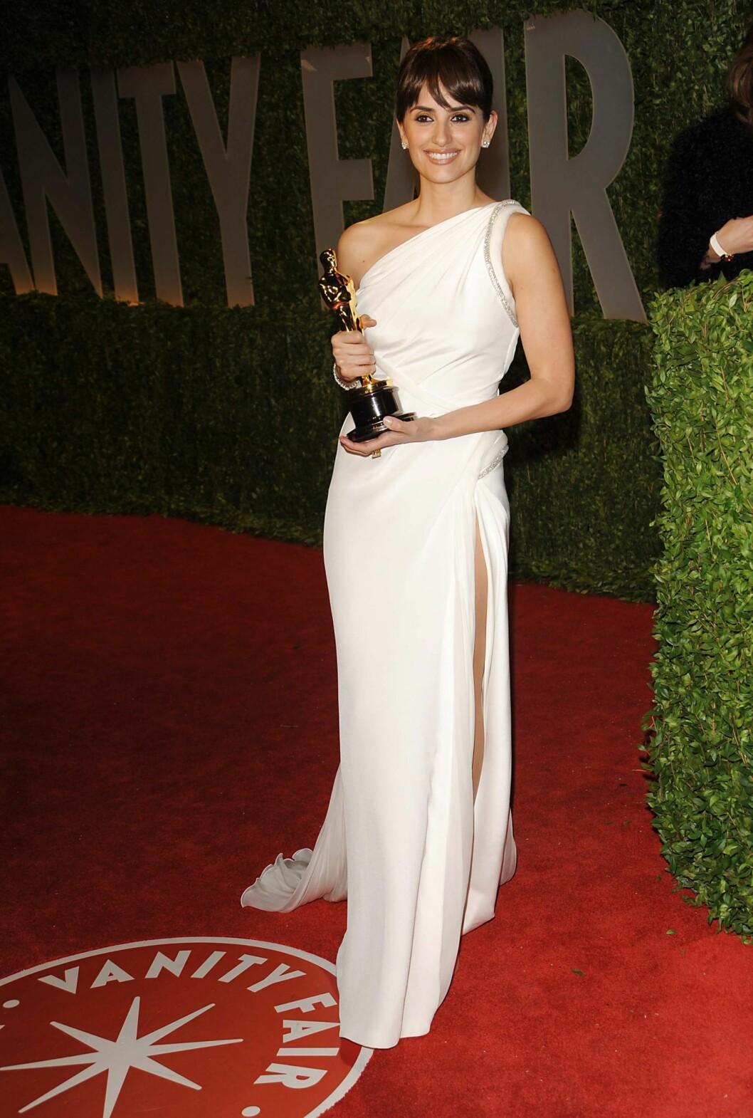 Penelope Cruz ser ut som en gudinne i denne kjolen. Foto: All Over Press