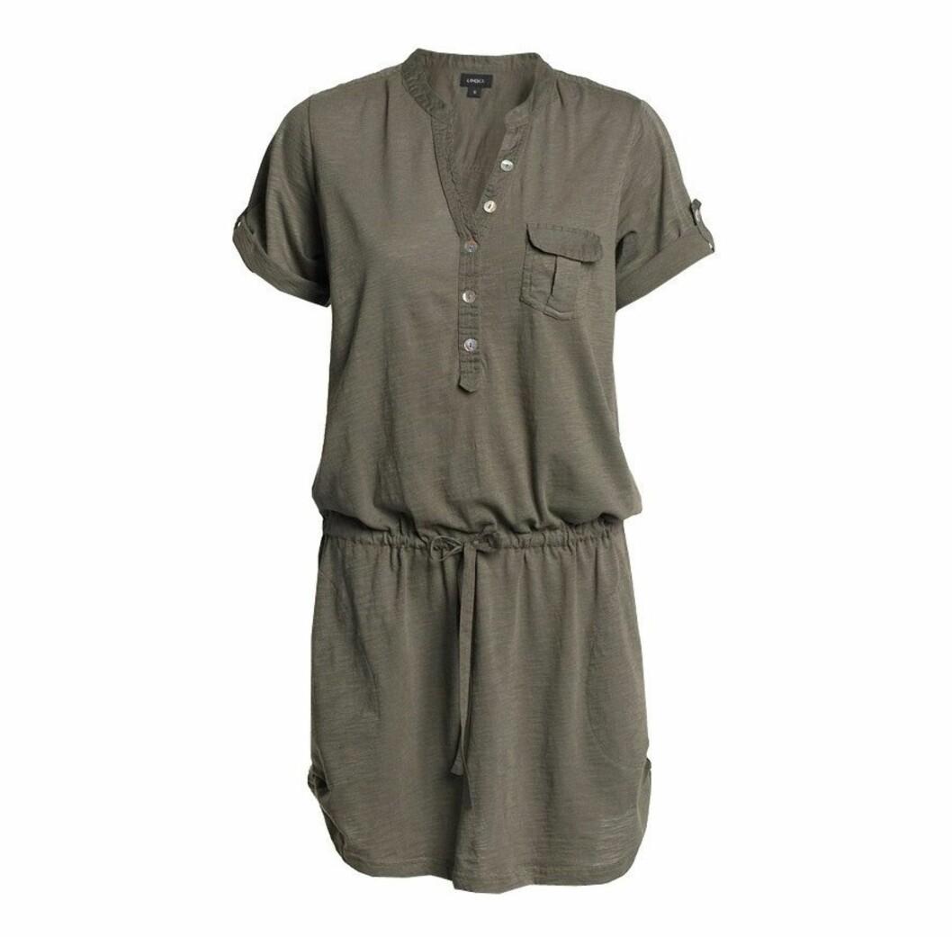 Militærgrønn korermet kjole (kr 249/Lindex) Foto: Produsent