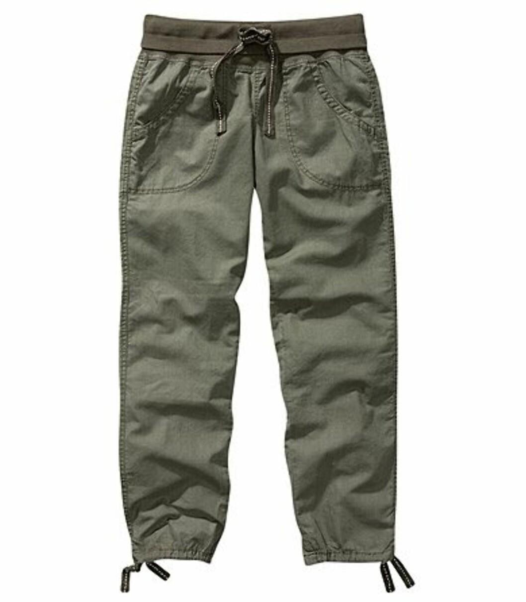 Enkel militærinpirert bukse (kr 199/H&M) Foto: Produsent