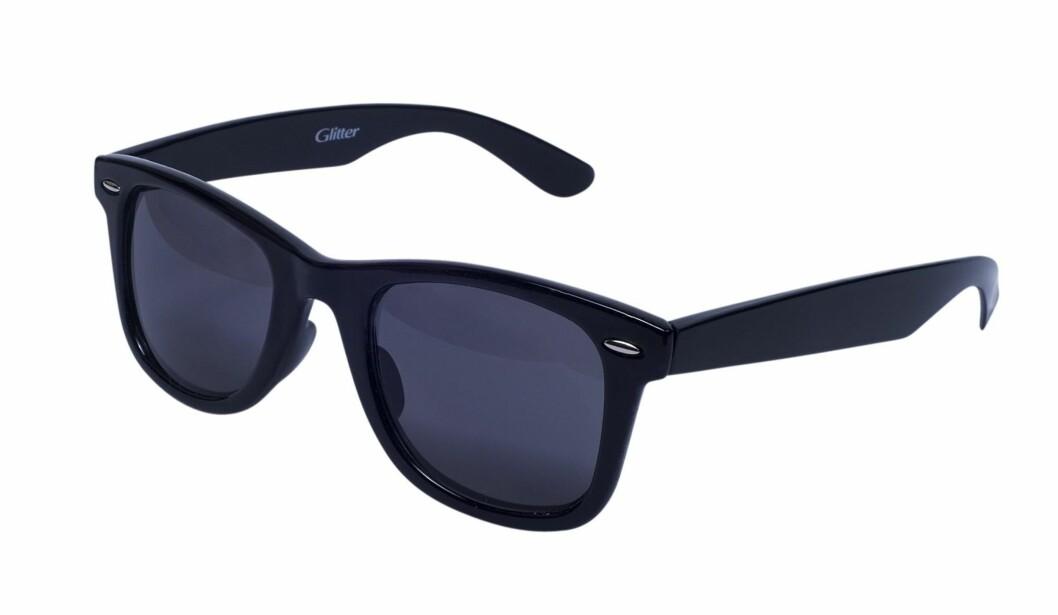 Svarte solbriller (kr 80/Glitter) Foto: Produsent