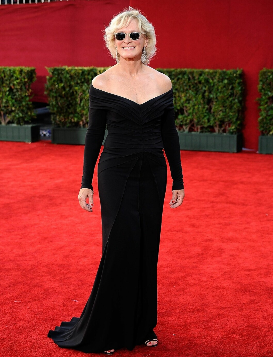 Glenn Close i en kjole fra Zac Posen med utfordrende snitt. Foto: All Over Press