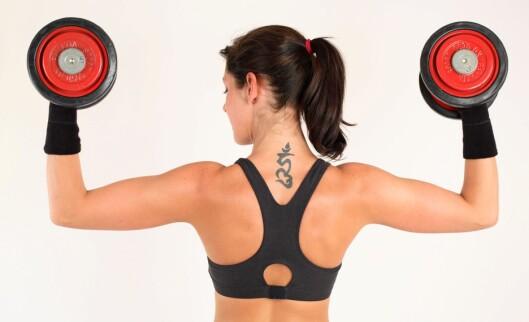 Du trenger faktisk ikke å trene styrke mer enn én gang i uka for å få synlige resultater. Foto: colourbox.com
