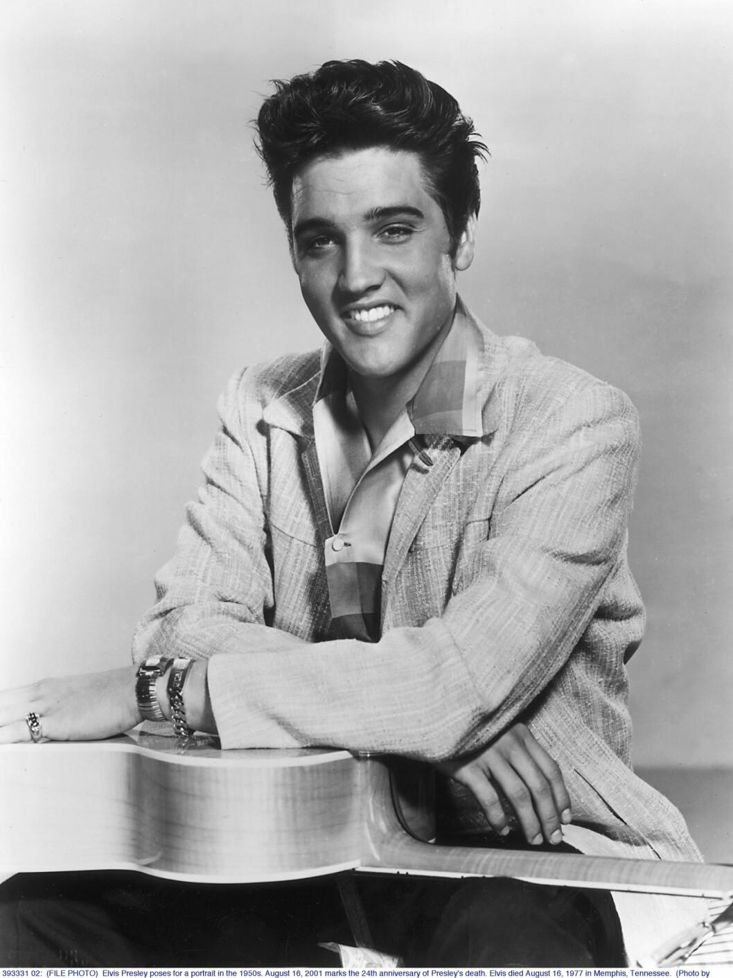 Elvis ble raskt et tenåringsidol Og vi kan godt forstå hvorfor! Foto: All Over Press