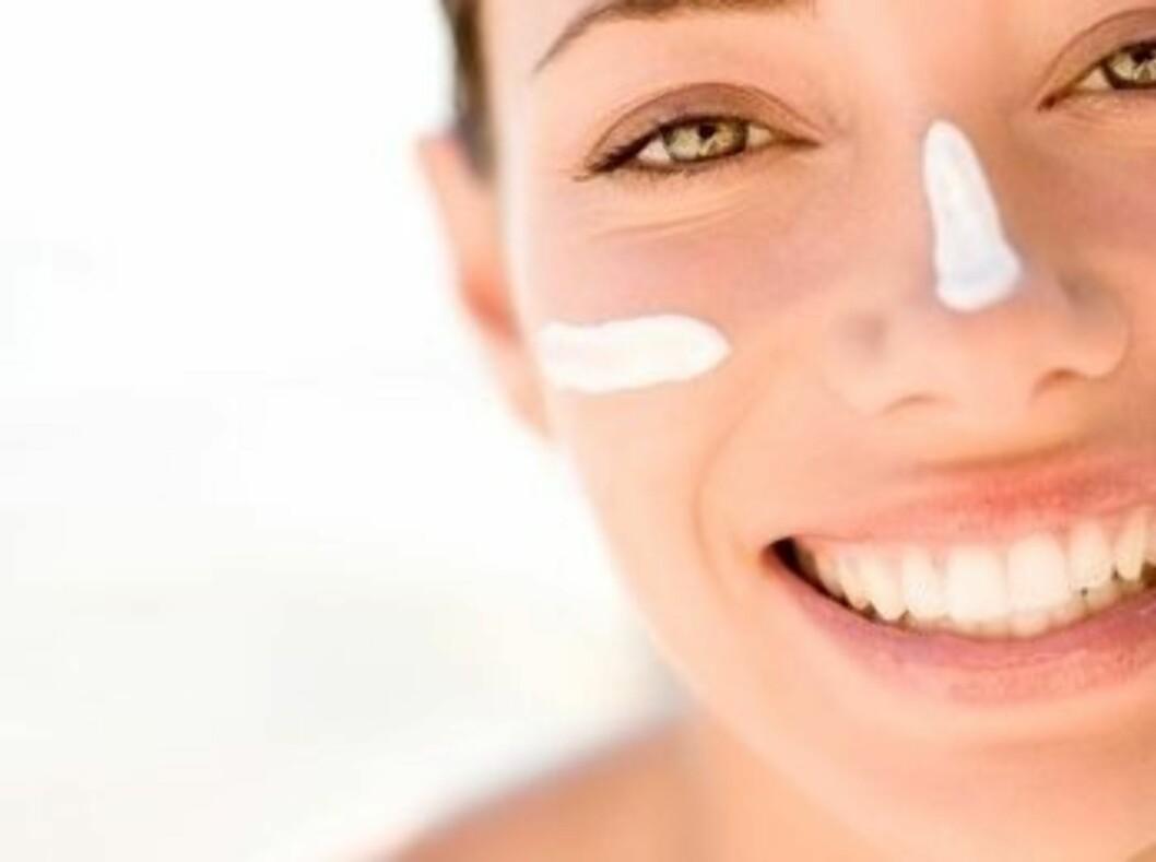 Renser du huden godt og tilfører masse fuktighet, vil du nok oppleve færre utbrudd og en remere og friskere hud.  Foto: Science Photo Library