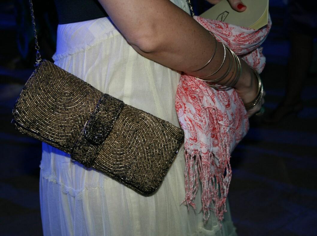 Elegant perelbrodert veske fra en lokal designer på Gran Canaria.