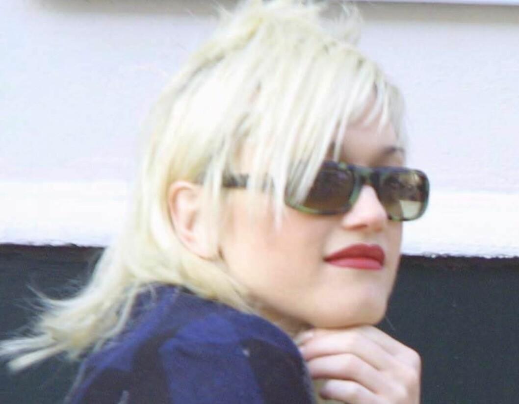 Gwen Stefani fant sin stil med blondt hår og rød leppestift alt for ti år siden. Men den skamklipte looken lot hun bli igjen. En aldri mer-kandidat?   Foto: All Over Press