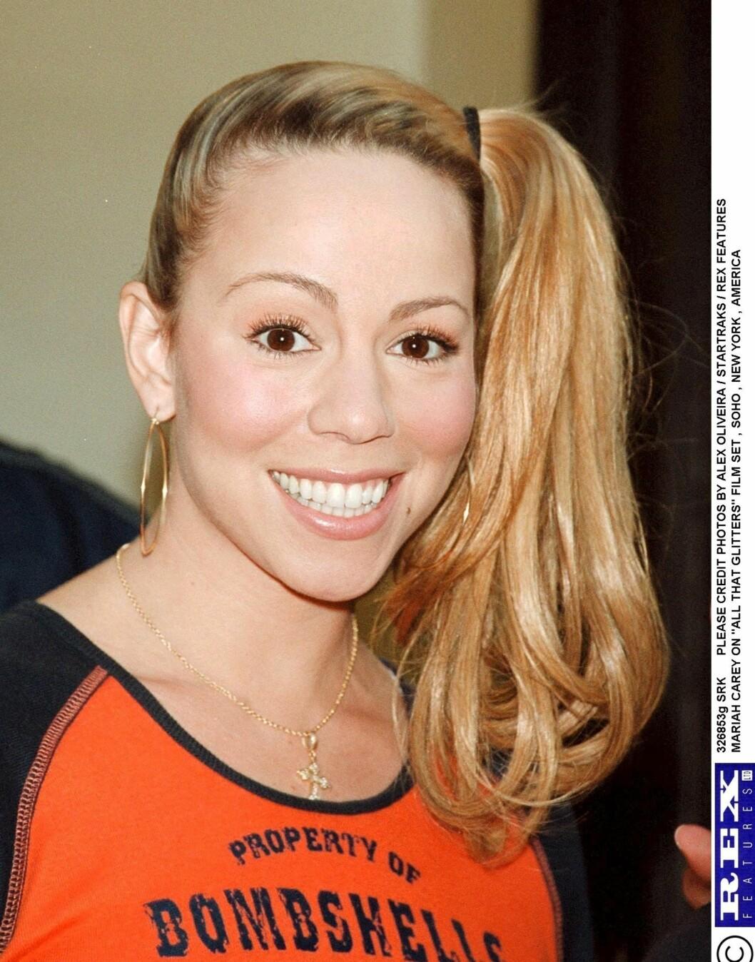 Mariah Carey har aldri vært den mest stilsikre av stjernene i Hollywood. Men her ser hun bare ut som en overivrig barnetv-programleder. Ikke et eksempel til etterfølgelse.  Foto: All Over Press