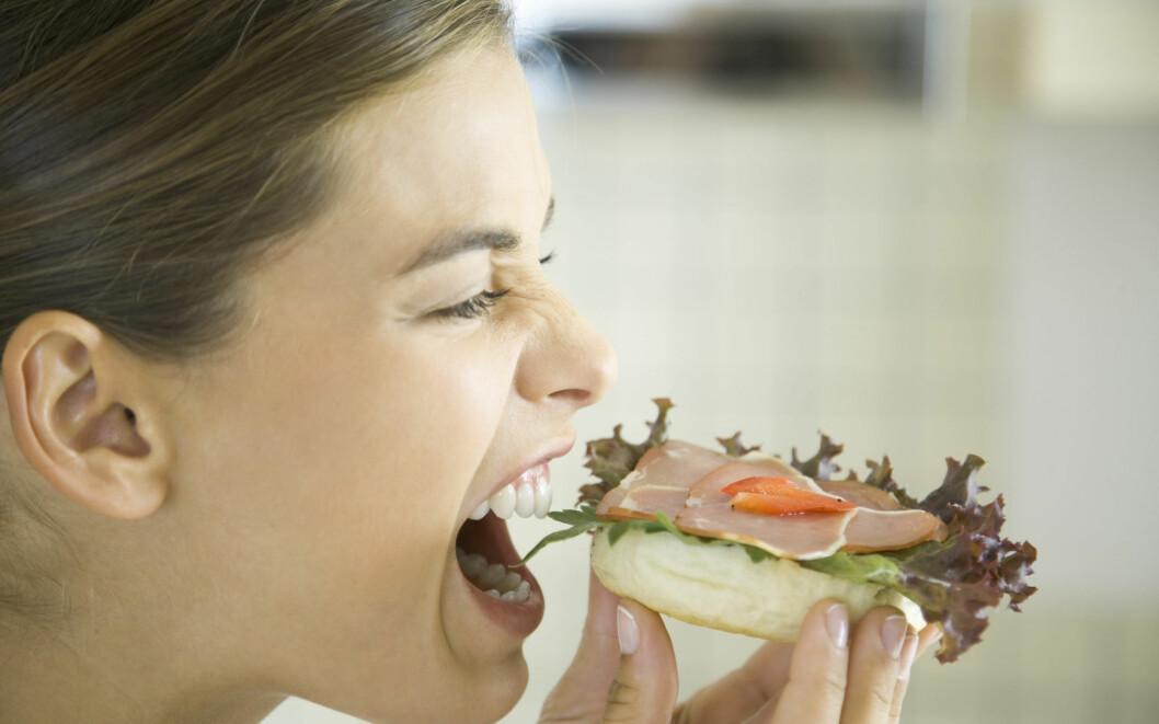 Er du glad i brød til lunsj, burde du ikke følge kosthold som kutter mye ned på karbohydrater.  Foto: Colourbox.com