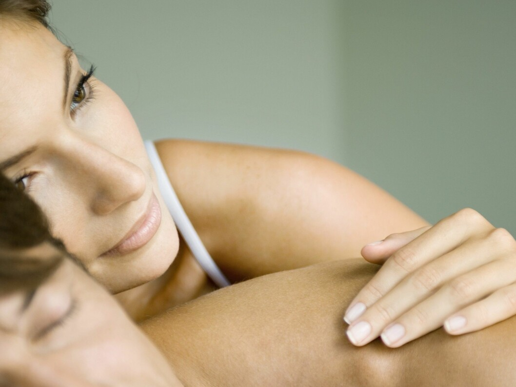 Tro det eller ei, enkelte er faktisk like lidenskapelig forelsket i partneren sin etter hele 20 år. Foto: 6PA/MAXPPP/colourbox.com