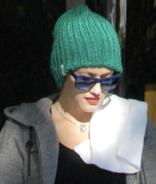 Motemamma Gwen Stefani frisker opp hverdagen med knallfarger. Foto: All Over Press