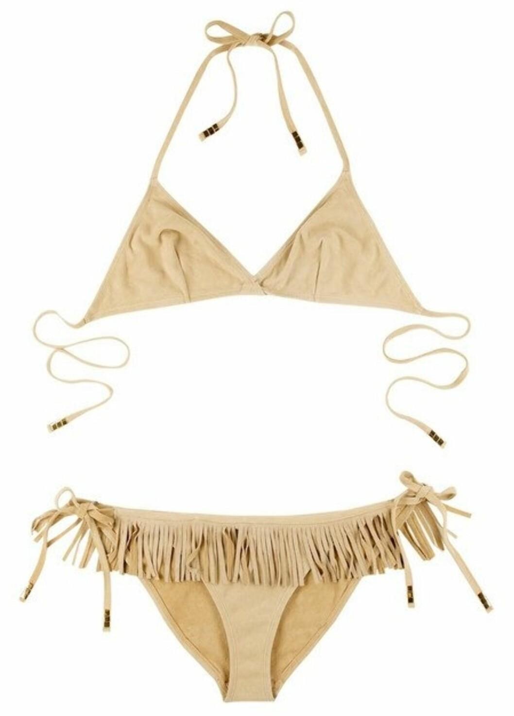 PEN SOM POKAHONTAS: Bikini med frynser (kr 3200, Tooshie).