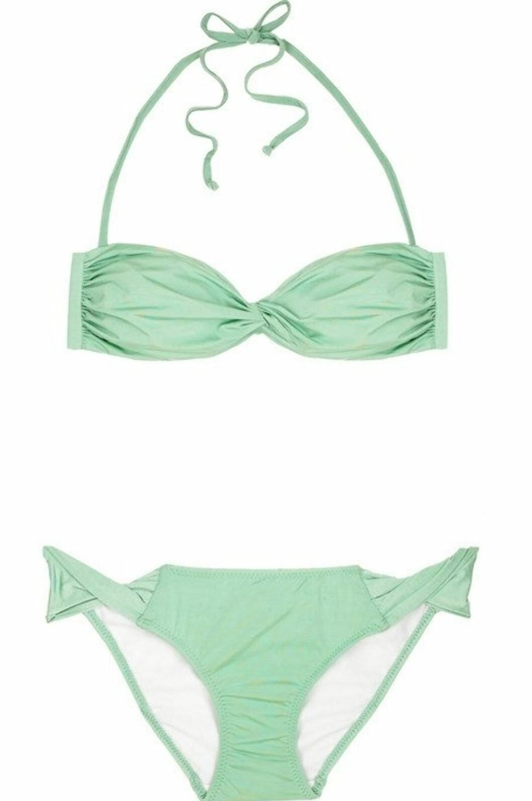 BLI EN 50-TALLSBABE: Bikini i lys mintfarge (kr 1350, Melissa Odabash/Netaporter.com).