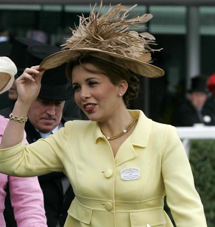 Prinsesse Haya av Jordan balanserte sin brusende brune pynt. Foto: All Over Press