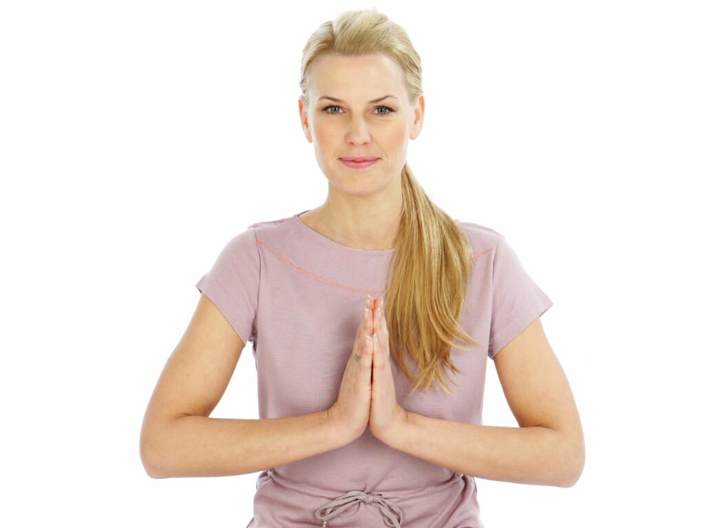 19052736 YOGAEKSPERT: TV-profil Vibeke Klemetsen er mangeårig yogaekspert, og har  tidligere vært ekspert