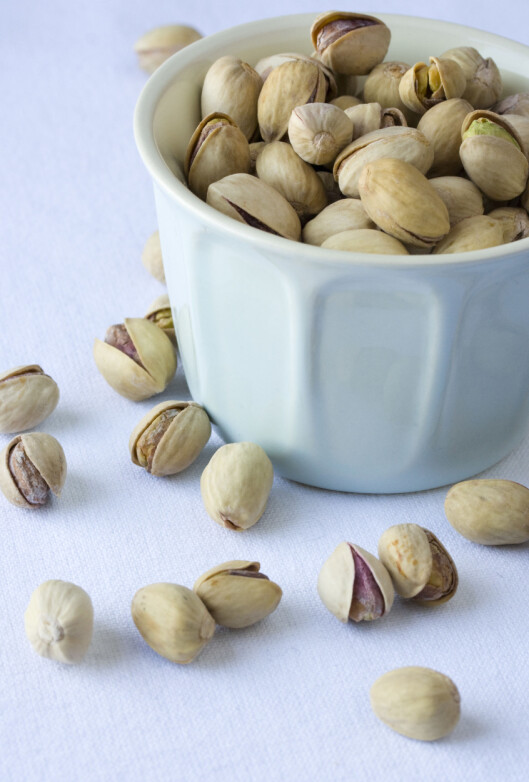 <strong>Pistachio nuts in a white bowl  © Minna Waring / Lifestylepix / Retna UK CREDIT ALL USES DIGTAL FILE ONLY RESTRICTIONS:</strong> WORLDWIDE EXCL FRANCE/ ALL OVER PRESS ***Unless marked Model Released, all images that show people who can be recognized must be approved by All Over Press before usage. Please contact All Over Press for approval***