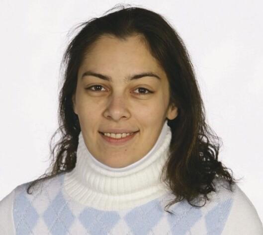 <strong>FØR:</strong>Sandra har fin ung hud med enkelte tørre partier, og vil lære å framheve øynene sine.