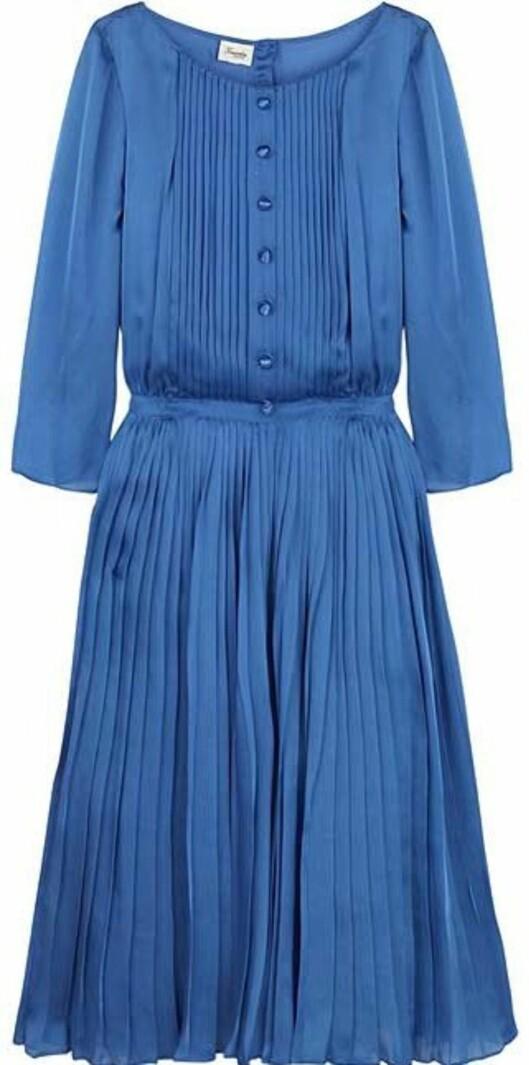 Søt kjole i 50-tallsstil fra Temperley London (nedsatt fra 8.955 til 5.375 kroner, netaporter.com)