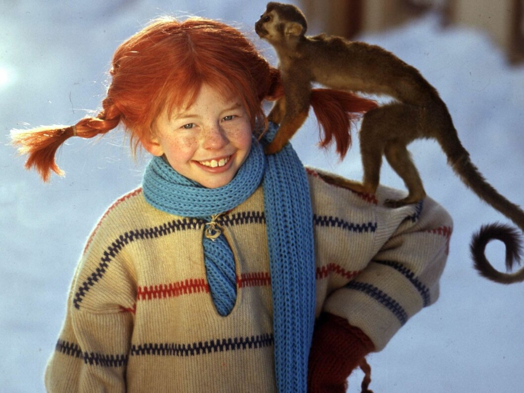Pippilotta Viktualia Rullegardina Krusmynta Efraimsdotter Langstrømpe med apen Herr Nilsson.  Foto: Scanpix
