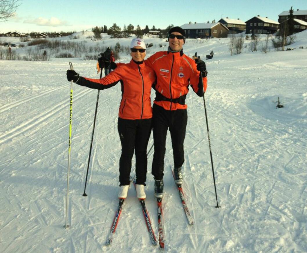 SPORTY: Paret på Vaset, som er et hytteområde i Valdres, vinterferien 2012. - Treningen bidrar til å gjøre meg glad, sier Anja.