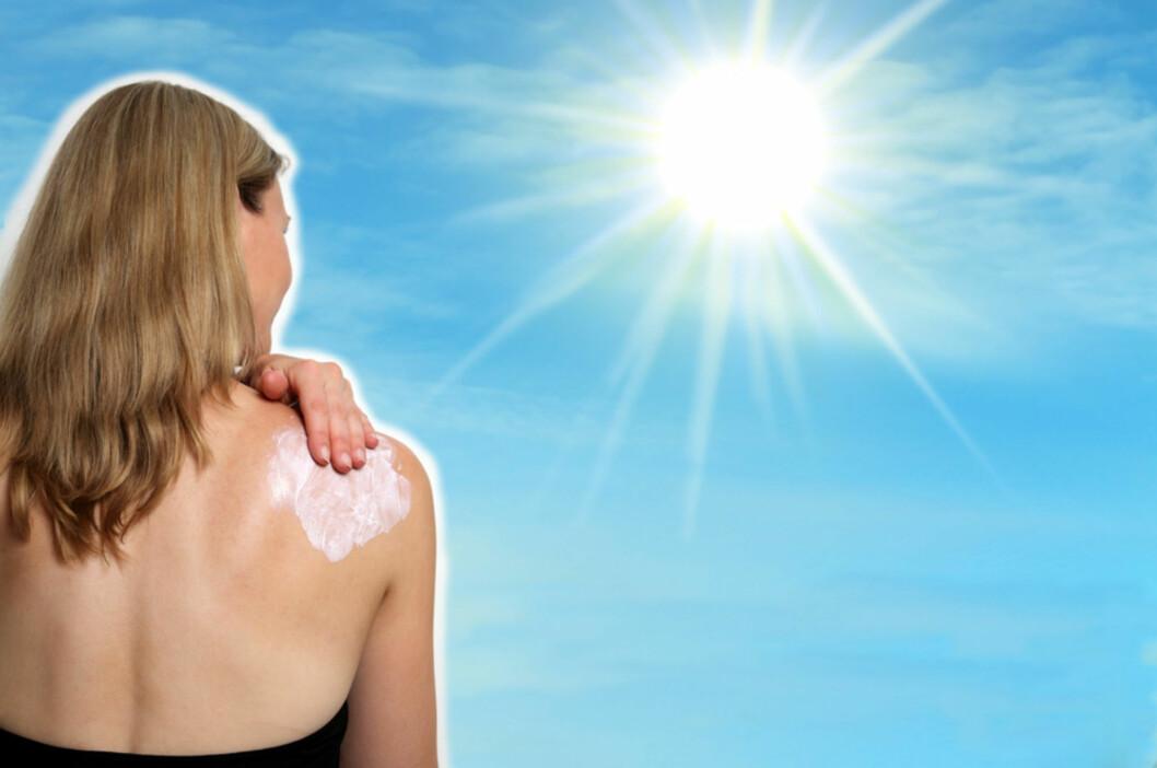 Beskytt deg! Bruk av solkrem, helst fra ung alder, er viktig for å forebygge pigmentflekker.