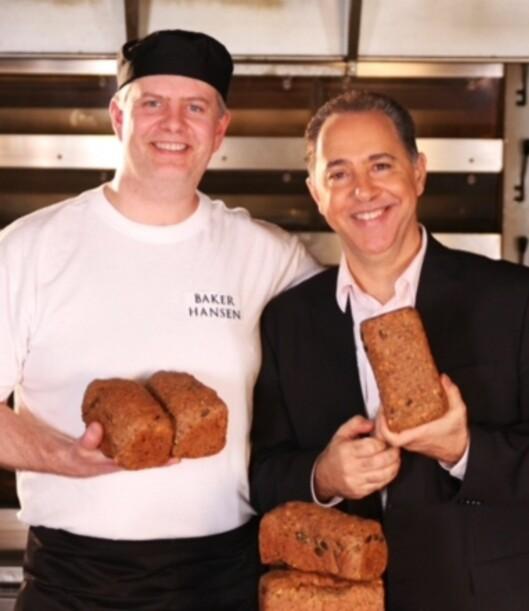 FFEDONBRØD: Fedon Lindbergs smartkarbo-brød bakes av Gunnar Solberg i Baker Hansen. Vi har smakt det, og det er saftig, godt og mettende. Foto: Dr. Fedon Lindbergs klinikk