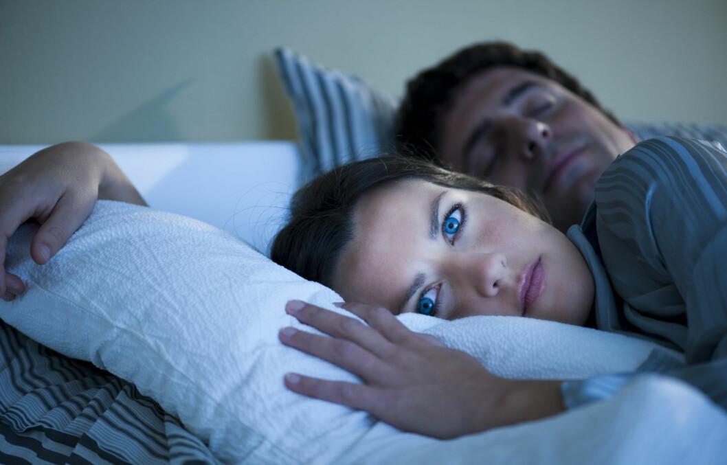 NY FOLKESYKDOM: Har du hørt om semi-somnia? Det er lillesøsteren til insomnia, som skaper søvnproblemer på grunn av stress og databruk. Foto: Getty Images/iStockphoto