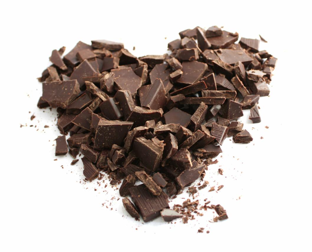 SJEKK FETTET: Det kan være lurt å sjekke hva slags fett som er i sjokoladen din. Det beste er fett fra sunne planteoljer.  Foto: Colourbox.com