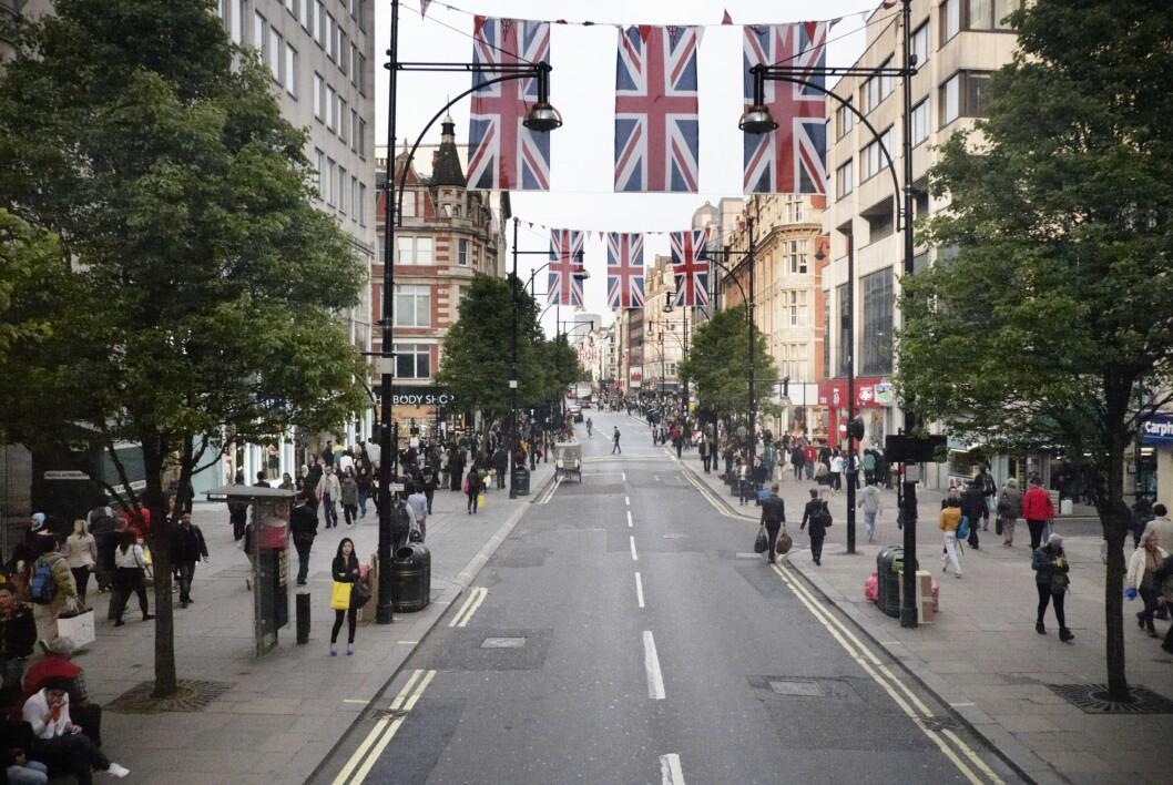 <strong>OXFORD STREET:</strong> Londons mest kjente shoppinggate. Her finner du noe for en hver smak og lommebok! Foto: All Over Press