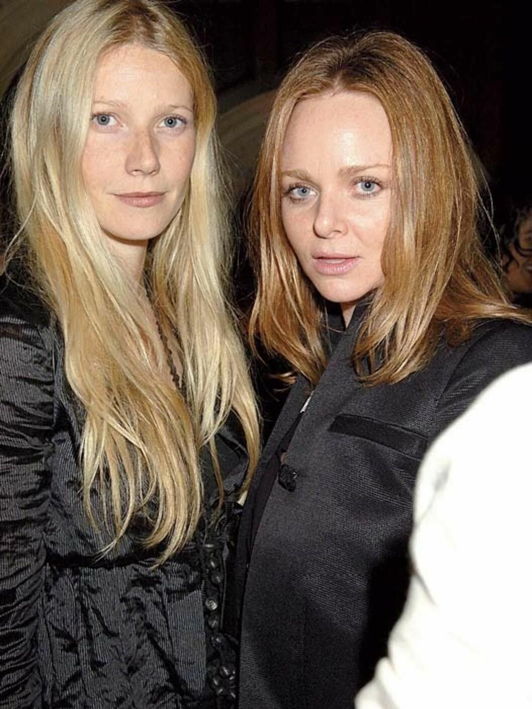 Gwyneth Paltrow og motedesigner Stella McCartney har lenge vært gode venner. Gwyneth er ofte å se i Stellas design. Foto: All Over Press
